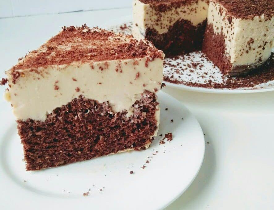 Торт с кремом из топленого молока и цикория