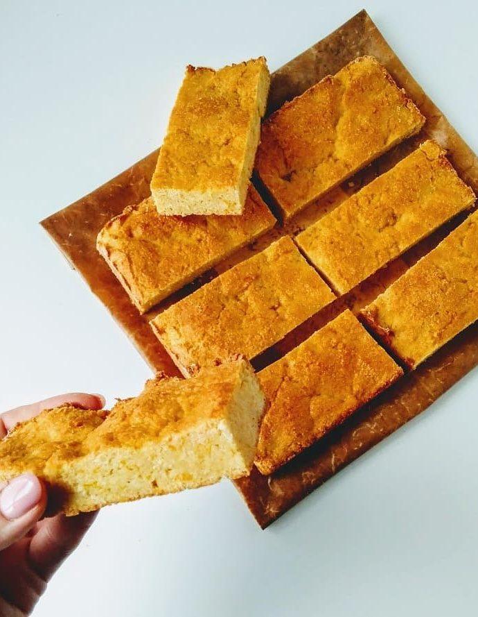 Творожно-кукурузный кекс с апельсинами
