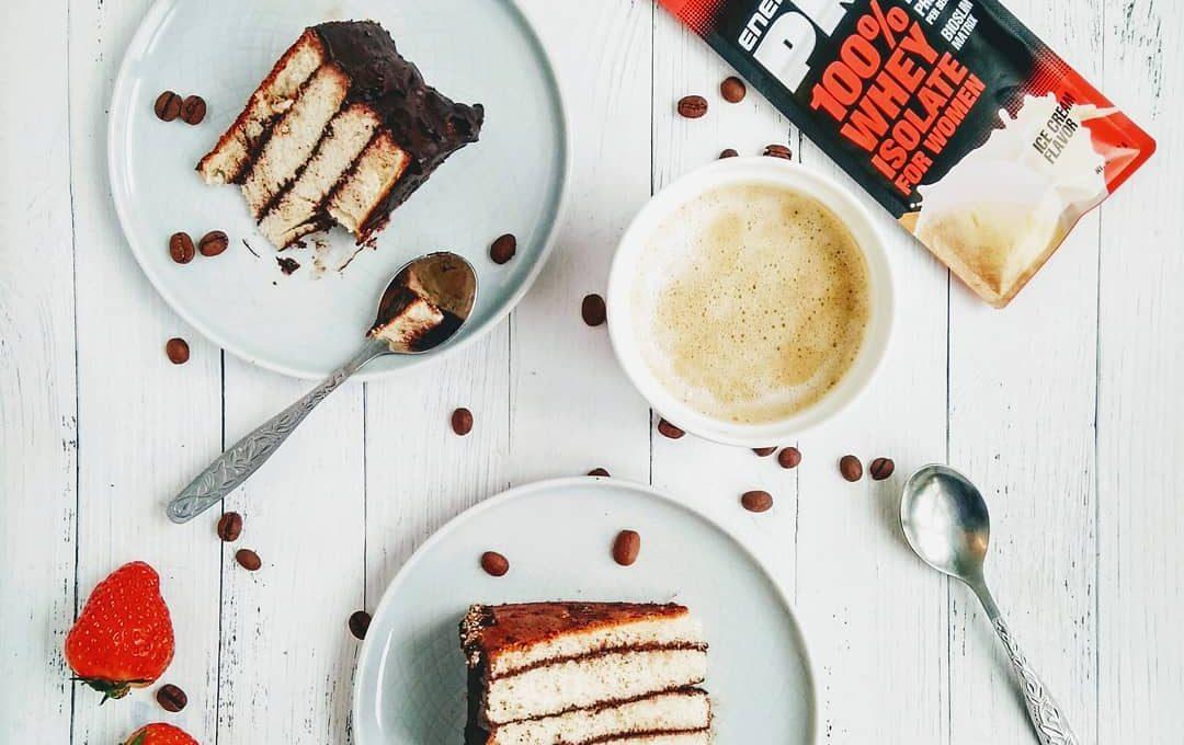 Протеиновый торт с кофе и шоколадом