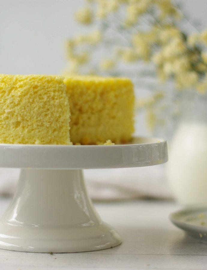 Миндально-лимонный бархатный кекс