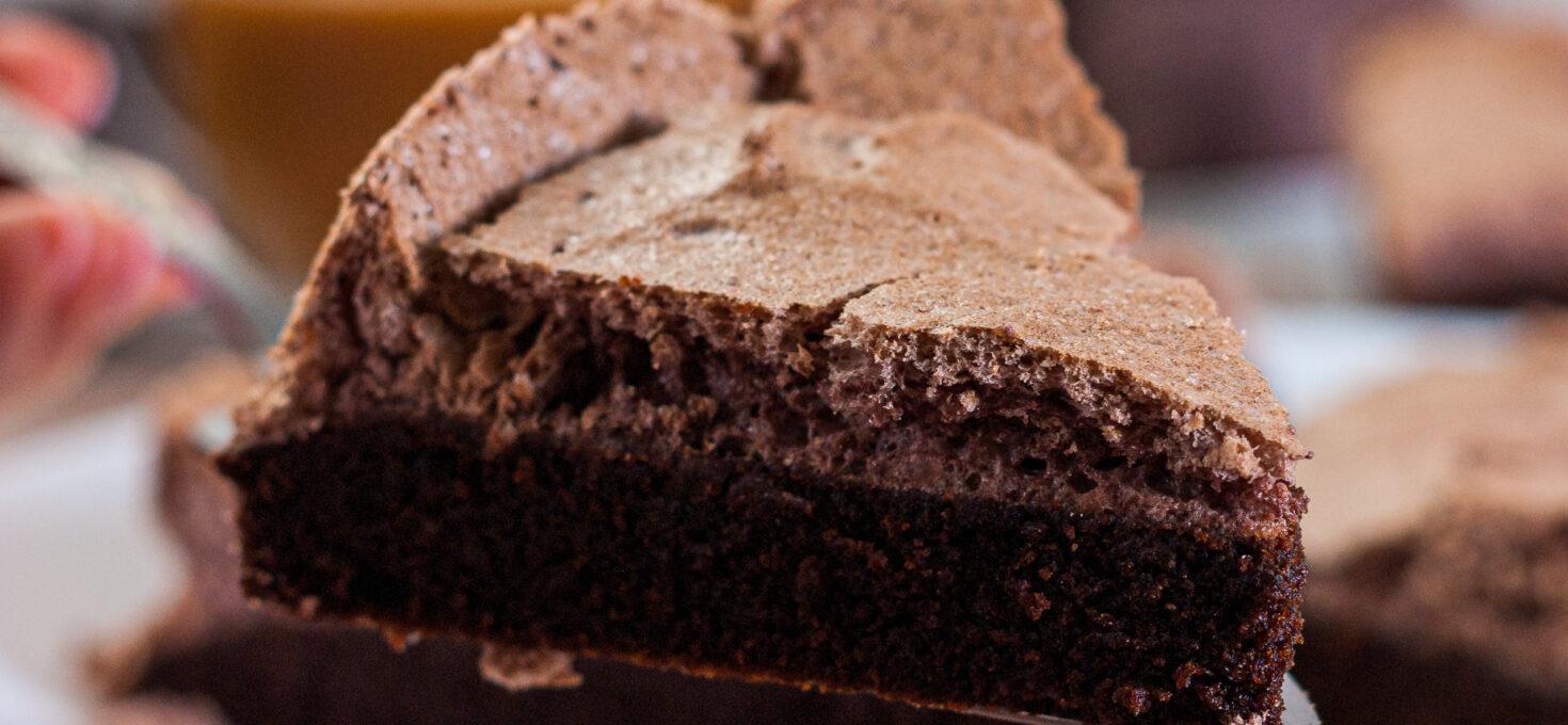 Шоколадный ПП бисквит с цикорием и меренгой