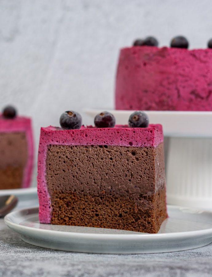 Шоколадный муссовый ПП торт с черемухой