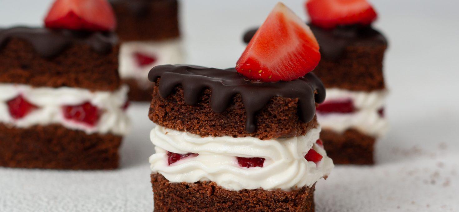 Бисквит для торта без яиц, молока и глютена
